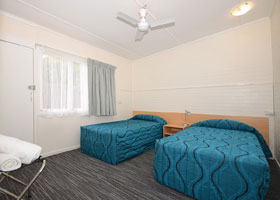 1 Bedroom Semi Self Contained Premium at Urangan Motor Inn