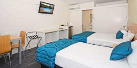 Twin Room Premium at Urangan Motor Inn
